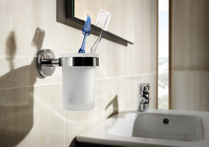 Roca bathrooms roca bathroom accessories fountain for Roca bathroom fittings