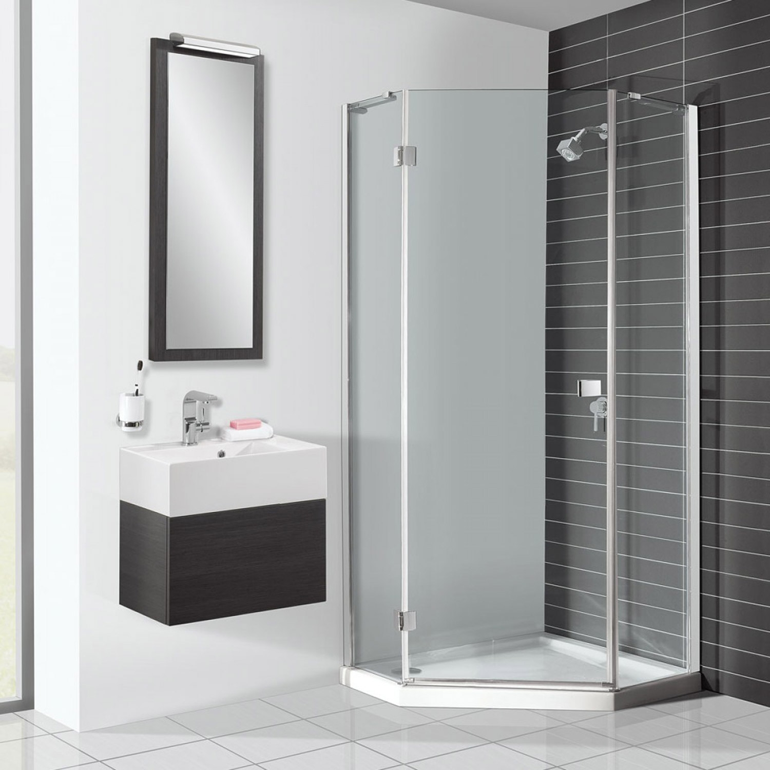 Shower Enclosures & Bath Screens